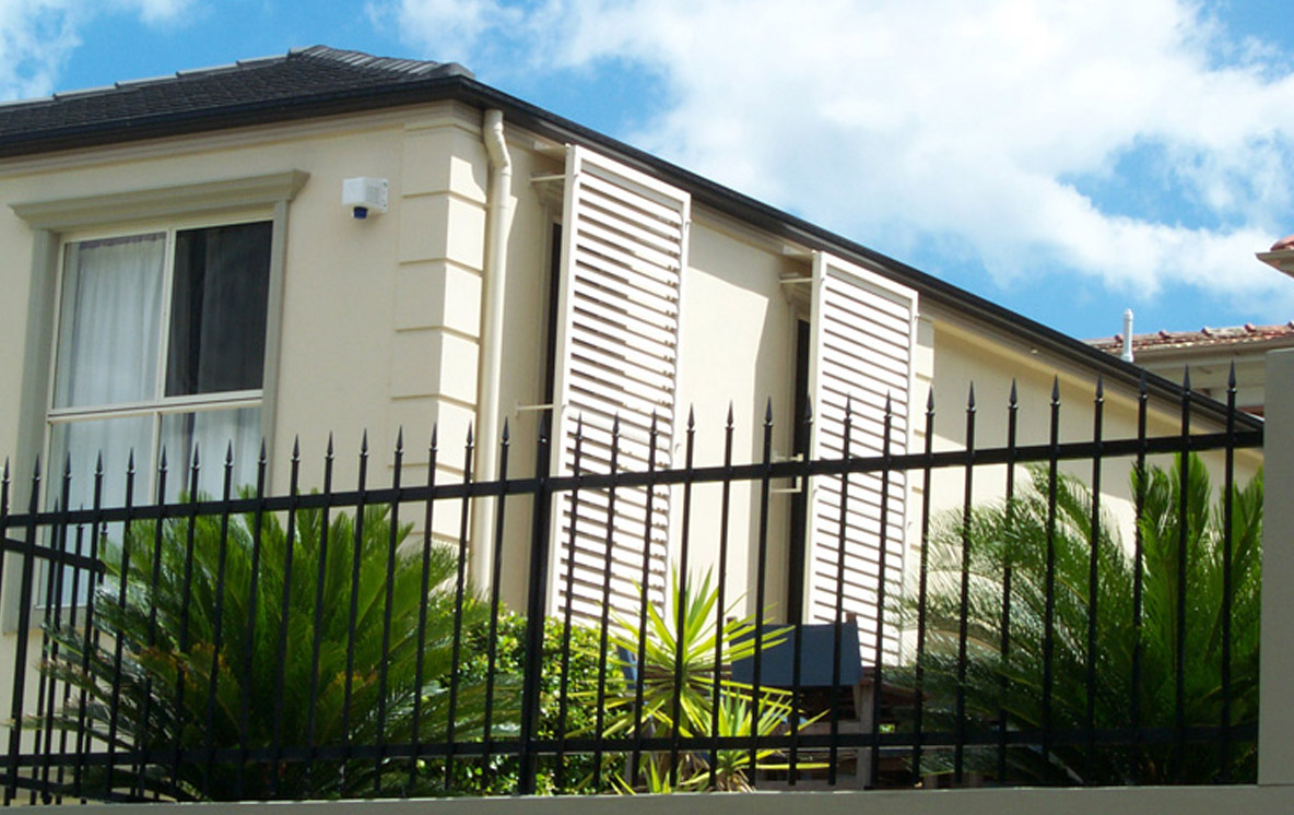 Aluminum shutters for windows